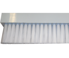 Brush in isotactic polypropylene, covered by nylon